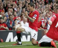 Rooney urges patience with Di Maria form, says ...
