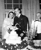 Former US 1st lady Bush dies