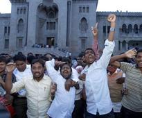 TRS, TDP workers clash in Telangana