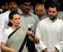 Sonia Gandhi, Rahul Gandhi, Priyanka Gandhi returns from trip abroad