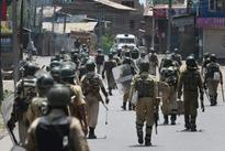 Kashmir unrest: Uneasy calm in Valley as curfew continues in 5 districts