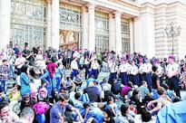 Migrant chaos at entry hub