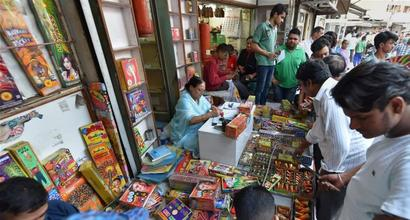 SC ban on cracker sale: Over 1,200 kg firecrackers seized, 29 held