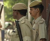 Delhi Police Constable and Home Guard Attacked by Unidentified Men