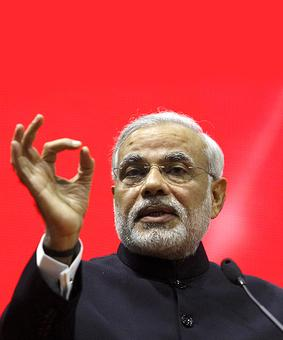 PM Modi asks BJP MPs to counter opposition campaign on land bill