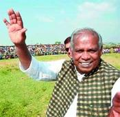 Nitish questions BJP on Manjhi 'neglect'