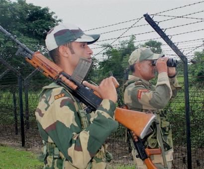 Pakistani spy arrested in Jammu-Kashmir, maps and sim cards seized