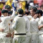 Day-night Test: New Zealand crumble to 173-7, Mitchell Starc injured