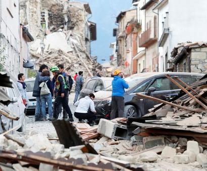 Strong quake rattles Italy, many feared dead