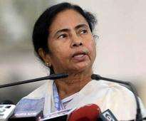 Saradha scam: Mamata demands arrest of union minister's wife