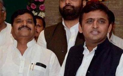After chaos at party meet, Shivpal meets Akhilesh