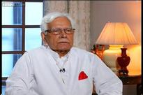 Natwar Singh lambastes Sonia Gandhi for not treating him well