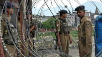 Elections 2014 LIVE: Four policemen, two polling officers killed in Maoist attack