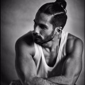 This video tells you whom is Shahid Kapoor scared of