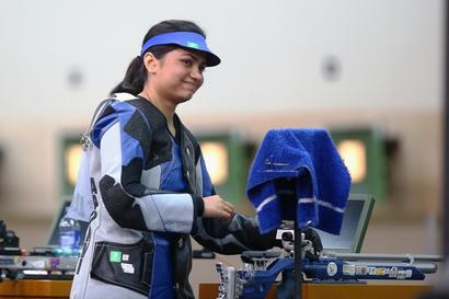ISSF Rifle and Pistol World Cup Finals: Chandela wins silver