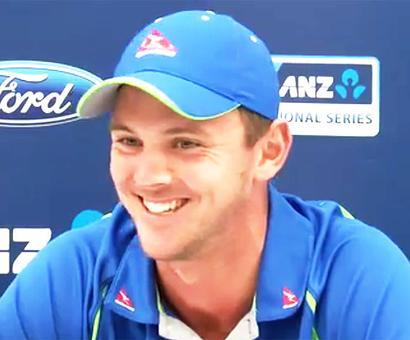 NZ v Aus, 1st Test, Day 1: Bracewell 'no ball' hands Voges a life at fag end
