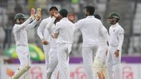 England stutter after Bangladesh collapse in 2nd Test