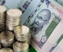 Rupee drops to 2 week low vs USD after Fed sticks to low rates