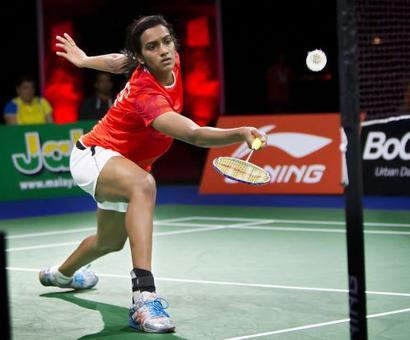 Sindhu assured of World Championships bronze, Saina exits