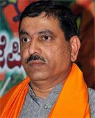 BJP National Executive will aim to spread the right information about Land Bill: Prahlad Joshi
