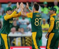 South Africa crush Ireland with a mammoth 201-run win