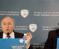 Diego Maradona calls FIFA president Sepp Blatter a 'dictator'