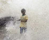 Chennai rains paralyses city, disrupts flights, train, bus services; shuts schools