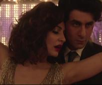 Watch Video: Anushka warns Ranbir `Mohabbat Buri Bimari`!