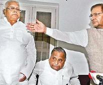 Samajwadi Party to attend Patna rally today, to contest 5 Bihar seats