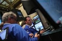 US stocks advance after stronger GDP data amid global rally