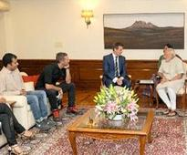 Coldplay's Chris Martin meets PM Modi, discusses Swachh Bharat