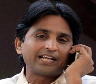 Was Kumar Vishwas actually bargaining with BJP? Saffron party threatens legal action against AAP leader