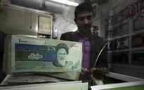Iran plans to revalue, rename rial currency