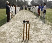 Australia says too early for India test decision