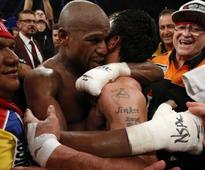 Flloyd Mayweather Picks Off Manny Pacquiao to Join Greats