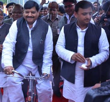 Akhilesh told me he will form new party: Shivpal Yadav counters CM