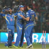 Live! IPL 6: Maxwell falls on first ball; MI 1/1