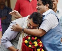 Fadnavis flies to Delhi for consultation on cabinet formation