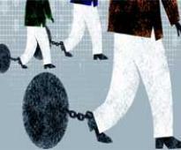 Top mobile operators prepare for data war