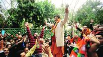 Is BJP losing the plot against AAP in Delhi Polls?
