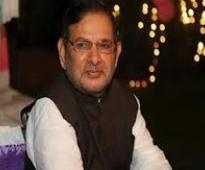 Ban all IPL fixers, demands Sharad Yadav