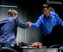 Anand faces must-win situation against Carlsen