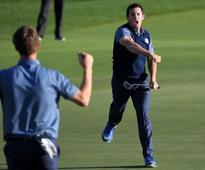 Ryder Cup 2016: McIlroy leads Europe comeback, leaving USA with narrow lead after day one