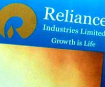 FinMin in-principle backs OilMin plan on RIL gas price
