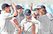India flounder, disciplined Nz grab Day 1 honours