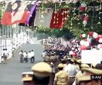 Jayalalithaa retains old faces in new cabinet