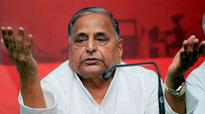 Mulayam: Will amend Constitution for Muslim quota