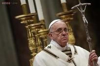 On Christmas, Pope urges world to be open to God