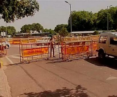 No entry to Delhi's VIP zone as row over Ajit Singh's bungalow escalates
