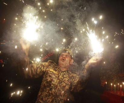 India lights up on Diwali